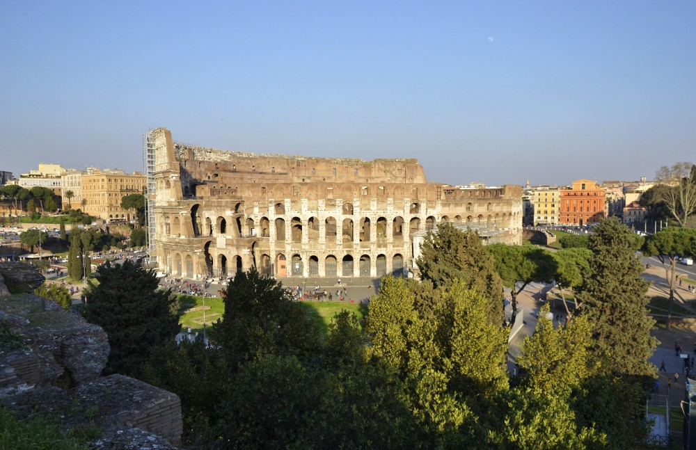 the coliseum of rome essay Start studying history ancient rome reading guide and essay question learn vocabulary, terms, and more with flashcards, games, and other study tools.